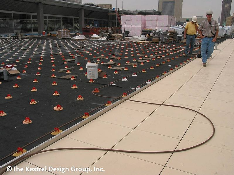 File:Irrigation Installation at Minneapolis Central Library Green Roof, Minneapolis, MN.jpg